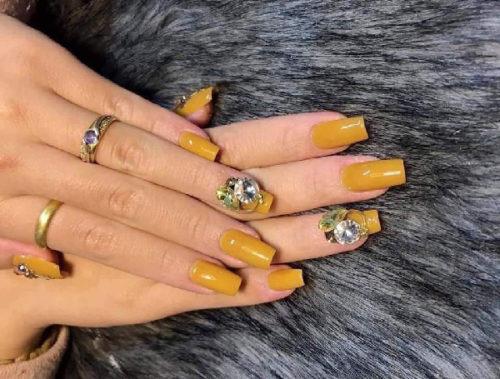 Phát cuồng với những mẫu móng tay đẹp nhất 2019