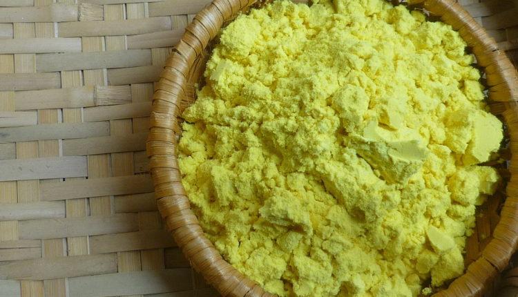 Làm đẹp da bằng tinh bột nghệ, bột gạo