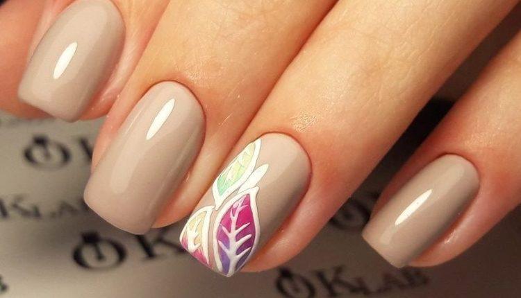 maong-tay-mau-nude-nails