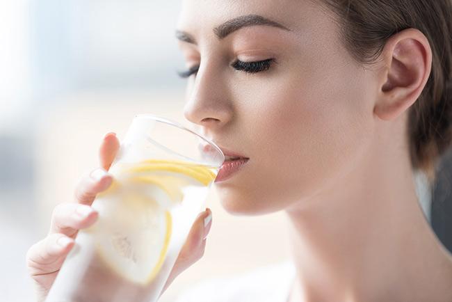 Uống nước chanh 30 phút sau khi ăn giúp hiệu quả giảm cân đạt tối đa
