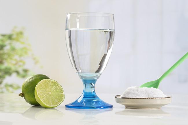 Chanh và muối ngoài khả năng giảm cân còn cung cấp ion, điện giải cho cơ thể