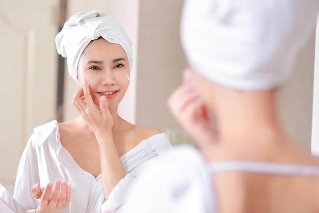 Skin care buổi tối với AHA