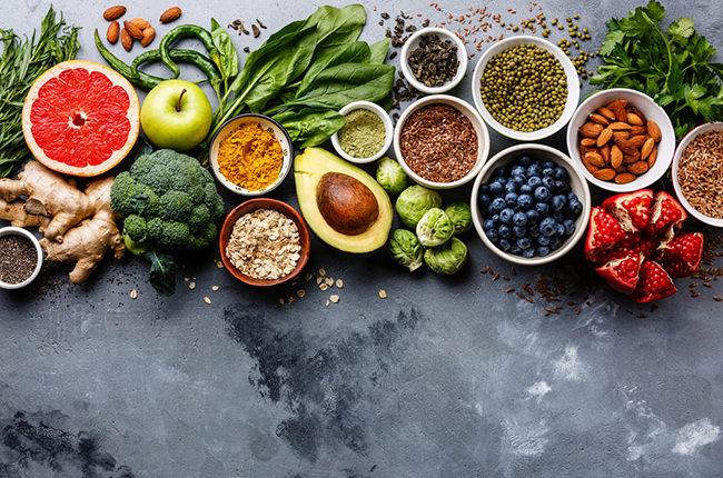 Chế độ ăn uống hợp lý cung cấp dưỡng chất cho móng