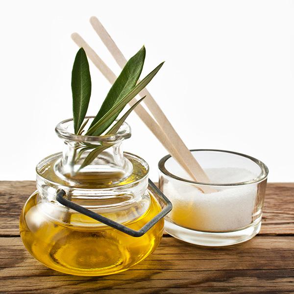 Nếu không có mật ong thì bạn có thể dùng dầu olive thay thế