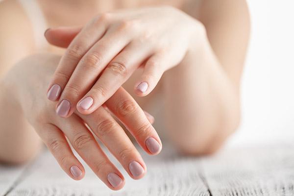 LÀm trắn da tay bằng các nguyên liệu có sẵn tại nhà