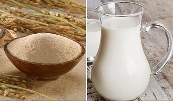 Cám gạo và sữa tươi giúp tẩy tế bào chết và nâng tông da hiệu quả