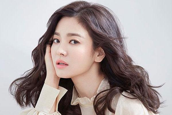 Dưỡng ẩm cho da như Song Hye Kyo