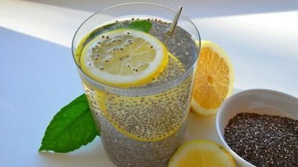Nước detox bằng hạt chia