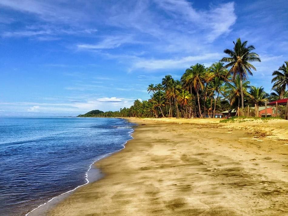 Bãi biển cát vàng