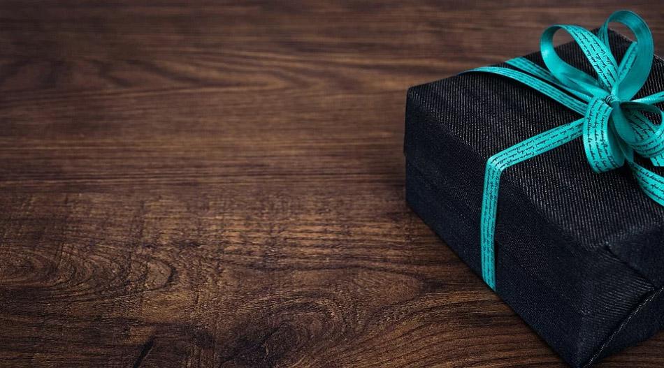 Hình ảnh hộp quà màu đen