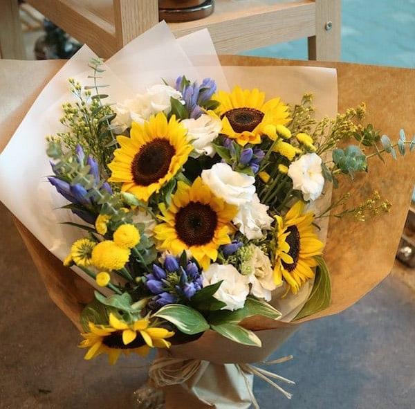 Hình ảnh bó hoa hướng dương đẹp 2