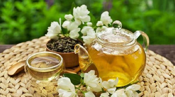 Trà hoa nhài là thức uống rất tốt cho tinh thần