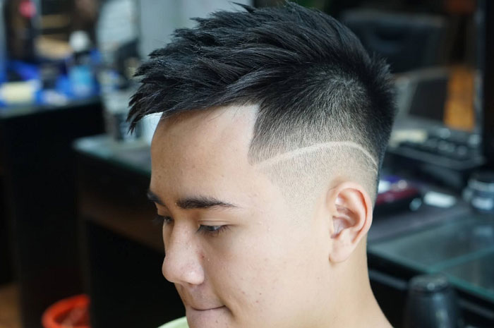Tóc mohican đẹp với điểm nhấn đường kẻ sọc