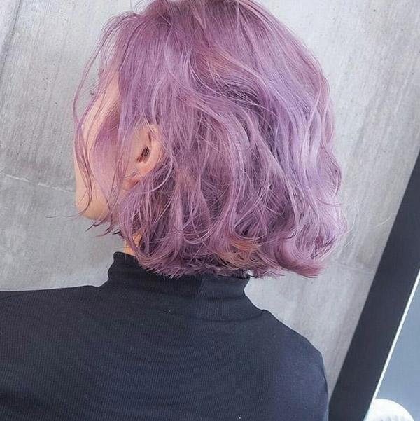 Kiểu tóc ngắn tím khói