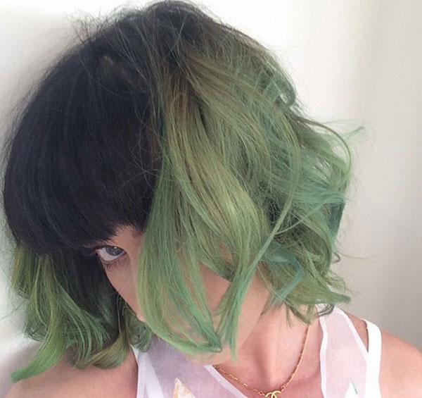 Màu tóc xanh rêu hot của Katy Perry
